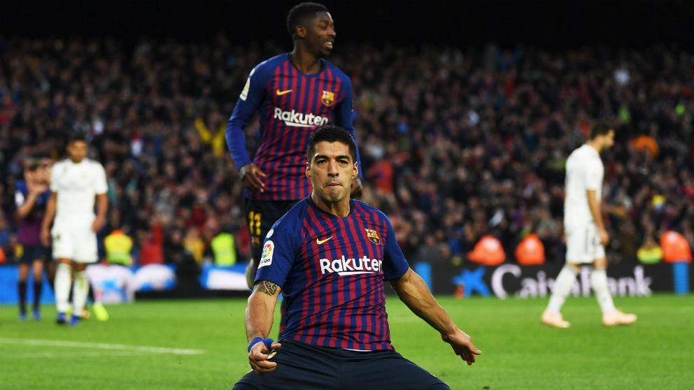 Luis Suárez celebra un gol en el Clásico. (Getty)