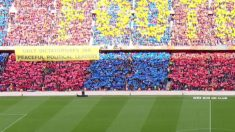 Pancarta en el Camp Nou a favor de los independentistas catalanes.
