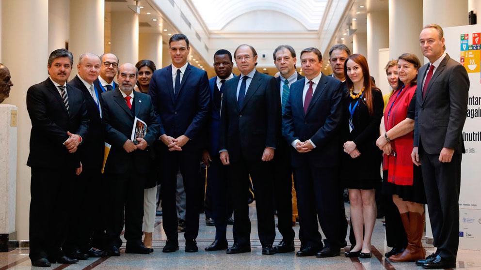 Pedro Sánchez ha inaugurado en el Senado la Cumbre Parlamentaria contra el Hambre y la Malnutrición que se celebra en el Senado en defensa del objetivo 'Hambre Cero en 2030'. Foto: Europa Press