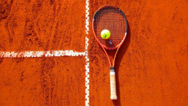 Cómo llevar los marcadores de tenis