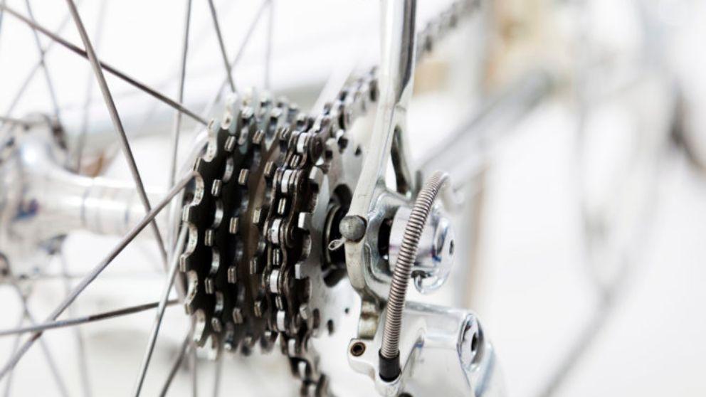 Tutorial para saber engrasar la cadena de la bicicleta