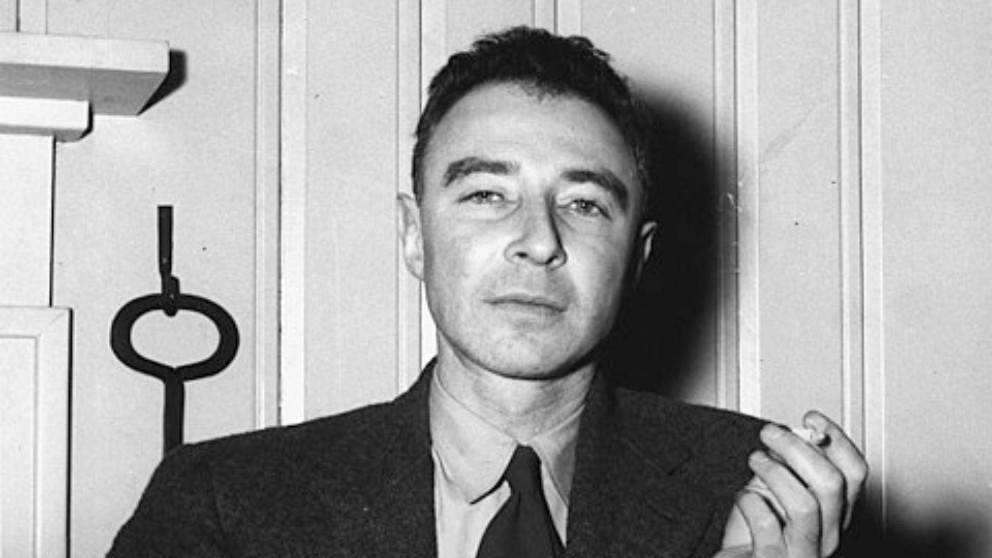Aprende las mejores frases de Robert Oppenheimer