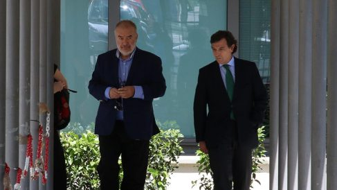 El dueño de la empresa Cuadrifolio, Manuel Téllez, a la izquierda (Foto: Francisco Toledo).