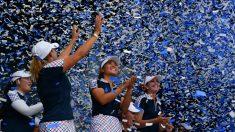 Las jugadoras de Estados Unidos celebran su triunfo en la última edición de la Solheim Cup. (AFP)