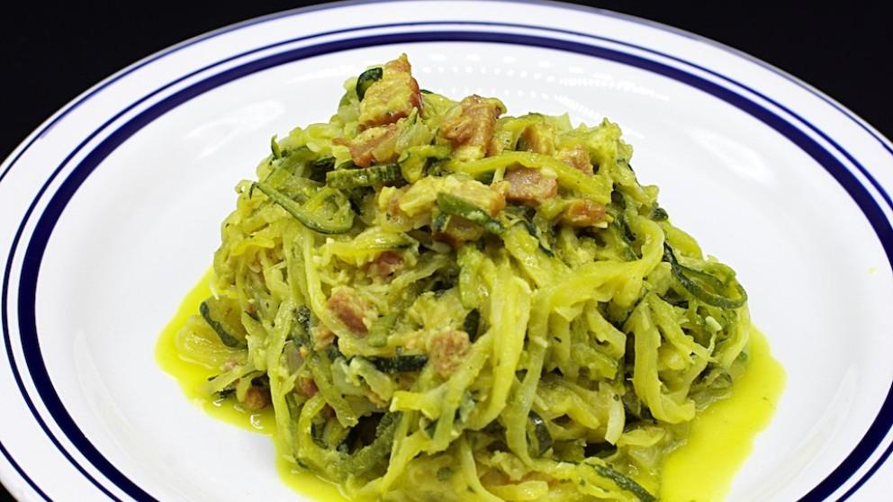 Receta de espaguetis de calabacín a la carbonara