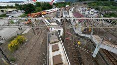 El tren descarrilado en Taiwán. Foto: AFP