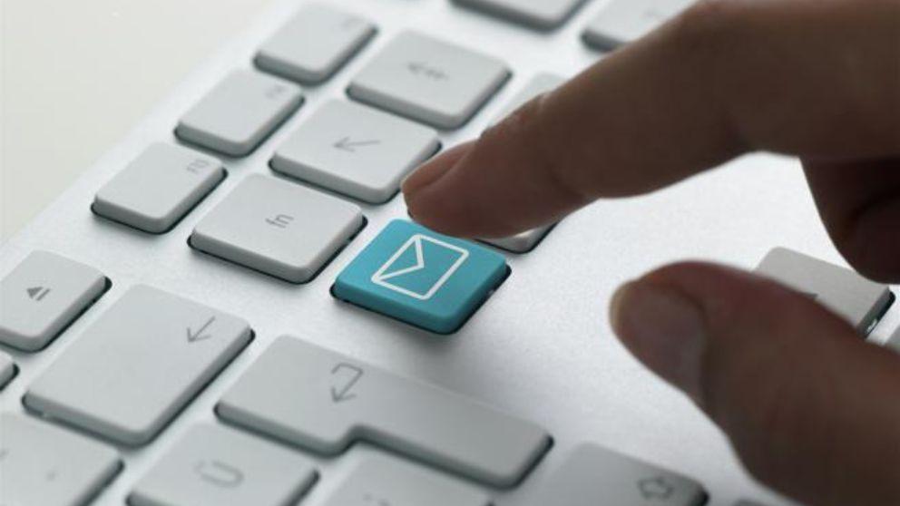 Todos los pasos para eliminar un correo enviado antes de que lo lean