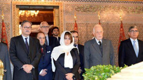 La ministra Dolores Delgado, cubierta con el pañuelo musulmán en su reciente visita a Rabat.