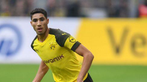Achraf durante un partido con el Borussia Dortmund. (AFP)