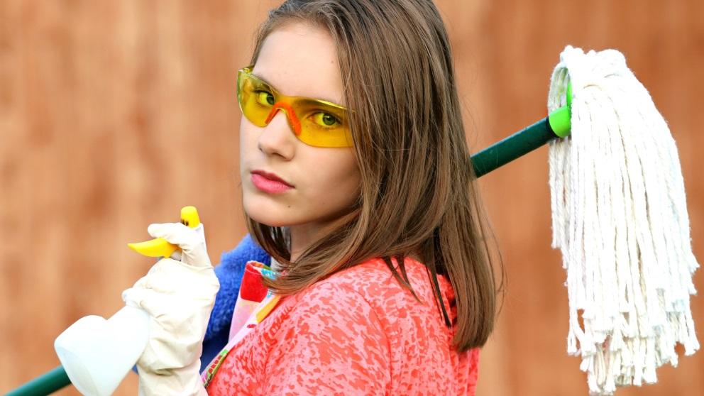 Ahorrar en productos de limpieza es posible si sabes sacarles el máximo partido