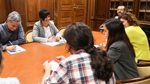 Imagen de la reunión con Podemos publicada por Bildu.