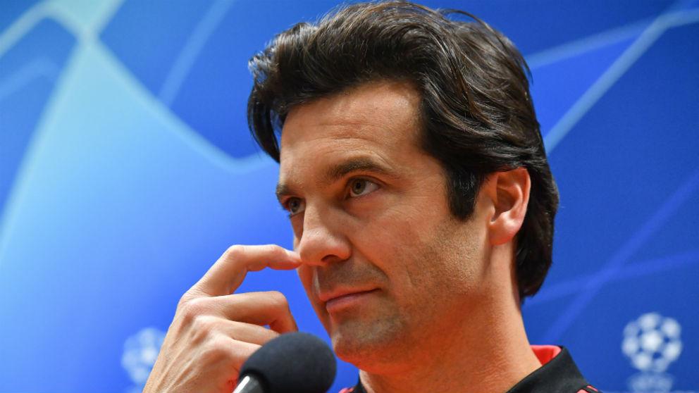 Solari, en rueda de prensa como entrenador del Real Madrid. (AFP)