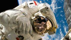 Eructar en el espacio es muy peligroso