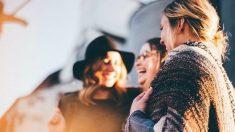 Quedar con los amigos también ayuda a sentirse bien en el embarazo