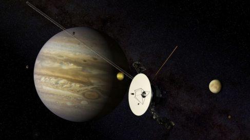 El 12 de noviembre de 1980 el Voyager 1 pasa cercano a Saturno | Efemérides del 12 de noviembre de 2018
