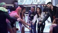 Los concursantes celebraron el cumpleaños de Isa Pantoja en 'GH VIP 2018'. (Foto: Telecinco)