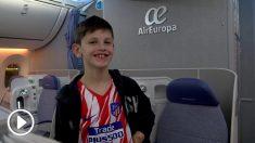 Manu Oppenheimer, el niño argentino aficionado del Atlético de Madrid ya está en España.