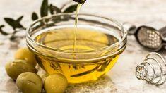 El aceite de oliva aporta grasas saludables.