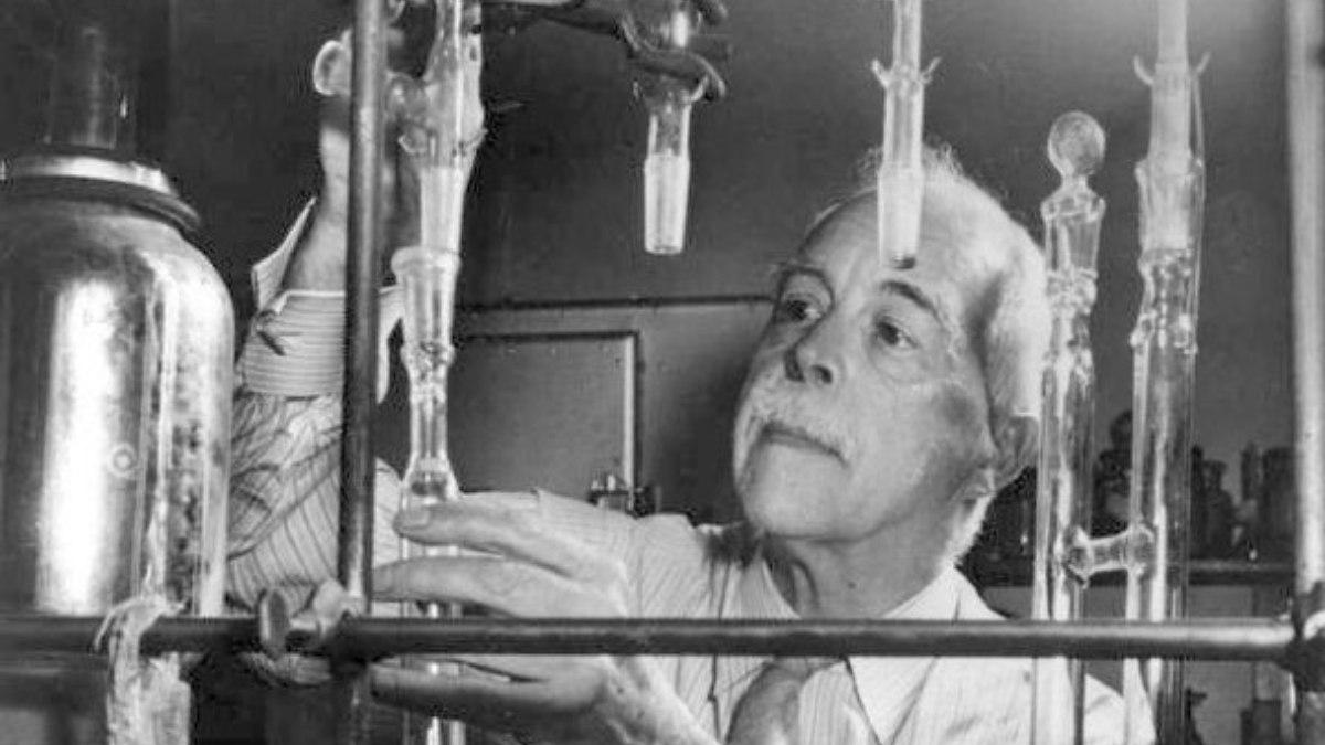 El científico Gilbert Newton Lewis