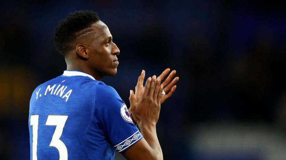 Yerry Mina durante un partido con el Everton. (Getty)