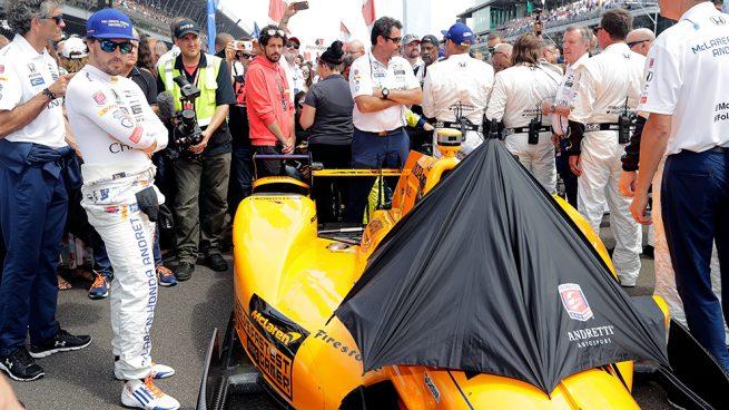 Oficial: Fernando Alonso correrá con McLaren las 500 millas de Indianápolis