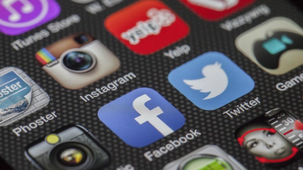 Además de Instagram se han descargado otras redes como Facebook