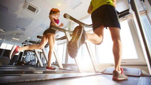 Cómo empezar a correr en una cinta de correr paso a paso