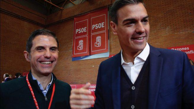 alcala Javier Rodríguez Palacios, candidato del PSOE en Alcalá, con Pedro Sánchez. (Foto. PSOE)