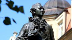 Johann Wolfgang Von Goethe y su estatua en Leipzig.