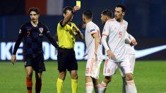 Busquets, durante un instante del Croacia – España. (AFP)