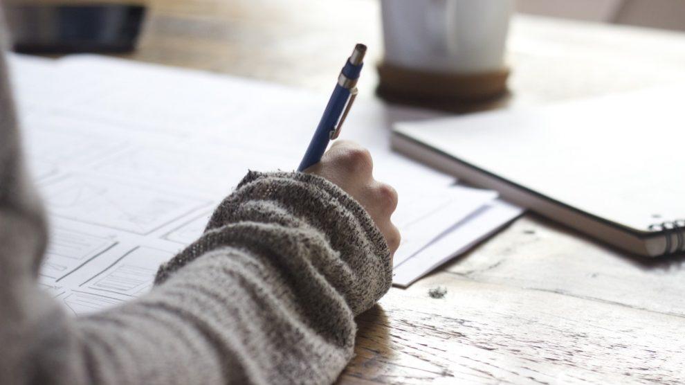 Escribir, dibujar, hacer fotos… el pulso es básico para todo ello