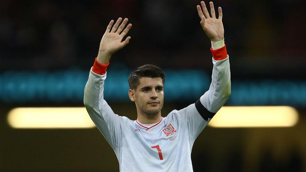 Álvaro Morata no tuvo suerte de cara al gol. (AFP)