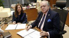 AMA Vida firma con el Colegio de Farmacéuticos de Pontevedra la póliza colectiva de Vida (Foto: AMA)