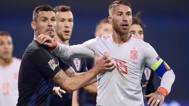 Lovren y Ramos, durante el partido de la UEFA Nations Cup.