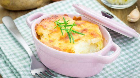 Receta de patatas rellenas de foie gratinadas
