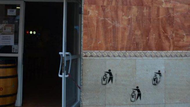 Separatistas hacen pintadas contra Vox en un restaurante de Tarragona en el que celebraba un acto