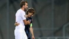 Harry Kane y Luka Modric, durante el pasado Croacia-Inglaterra. (AFP)
