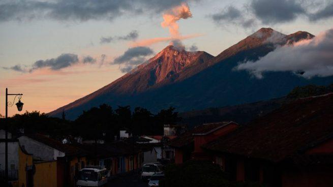 volcan-de-fuego-guatemala