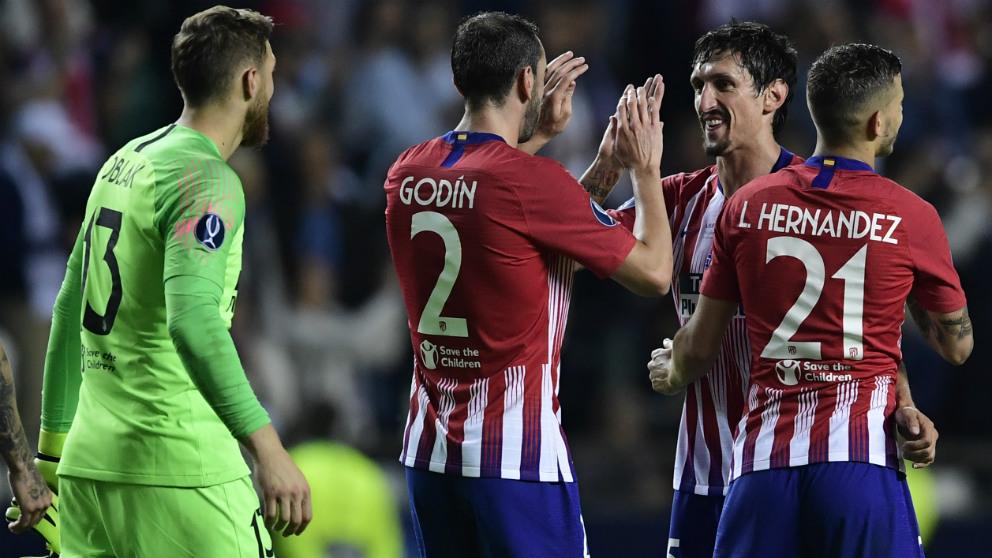 Simeone recupera efectivos para el duelo ante el Barcelona. (AFP)