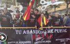 Funcionarios de prisiones y policías abuchean a Sánchez en su llegada a la cumbre hispano-portuguesa
