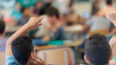 Los colegios extremeños enseñan que la Transición fue un «pacto de silencio» para exonerar al franquismo