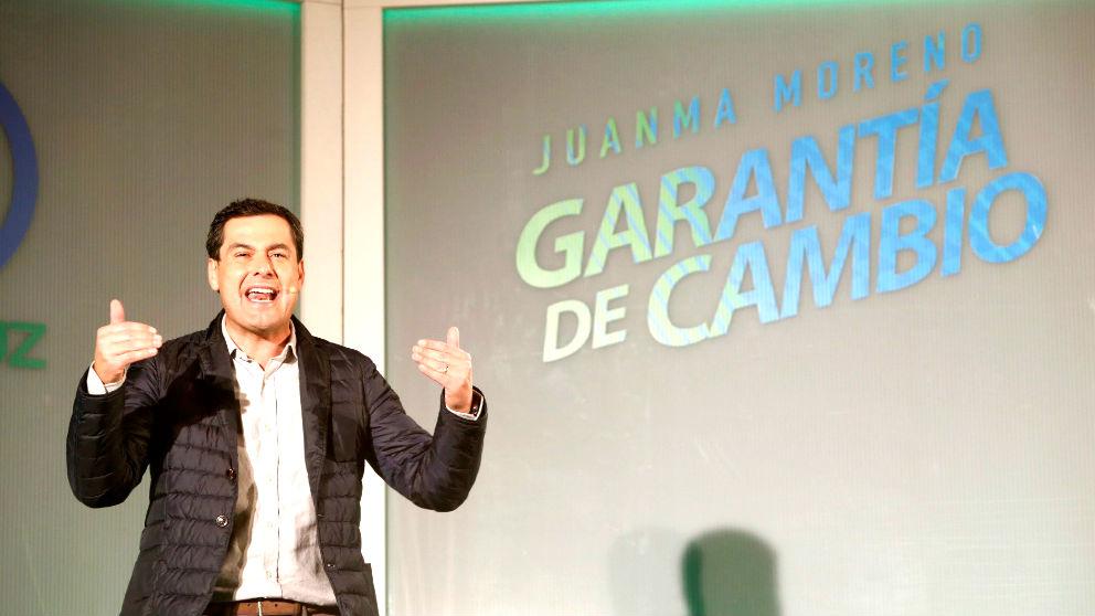 Juanma Moreno durante un mitin en Antequera (Foto: EFE).