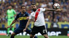 Jugadores de River y Boca, en el partido de ida.  (AFP)
