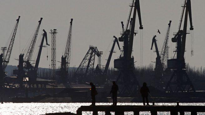 Ucrania acusa a Rusia de atacar a su marina en el estrecho de Kerch