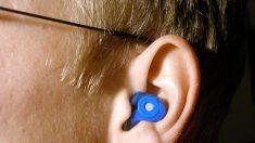 Las causas por tener pitidos en los oídos son distintas según la persona