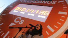 Arrimadas inaugurando el cronómetro (EP).