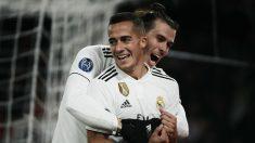 Lucas Vázquez recibe las felicitaciones de Bale. (AFP)