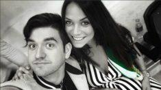 Manu Sánchez y su novia, Lorena Sánchez, en la recta final del embarazo