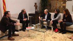El presidente de la Generalitat, Quim Torra, con la dirección de  Acció Cultural