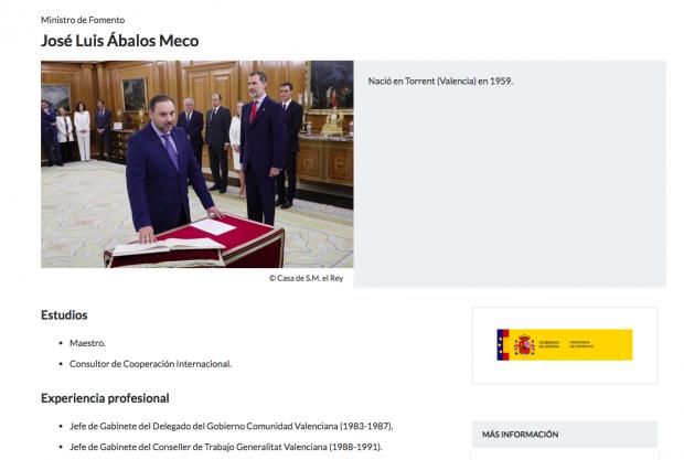 Moncloa corrige de urgencia el currículum 'fake' de Ábalos tras una pregunta de OKDIARIO por sus estudios